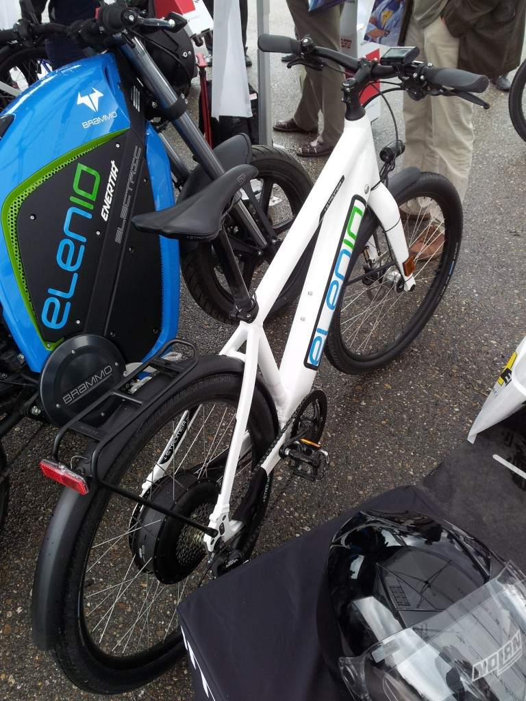 Denna gick i 45 km/h bara man snuddade pedalen... smidigt i en backig stad!